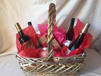 Romance Wine Basket 202//152
