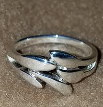 Sterling Silver Smooth Leaf Ring 202//209