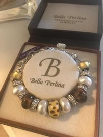 BELLA PERLINA WHITE AND SILVER DELUX BRACELET 202//269